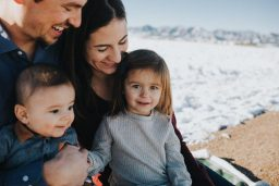 چگونه با مشکلات خانوادگی کنار بیاییم