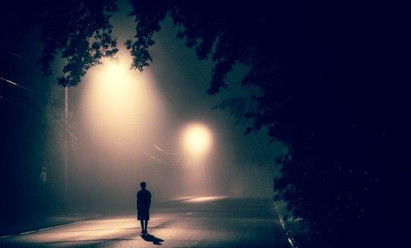 علت احساس تنهایی