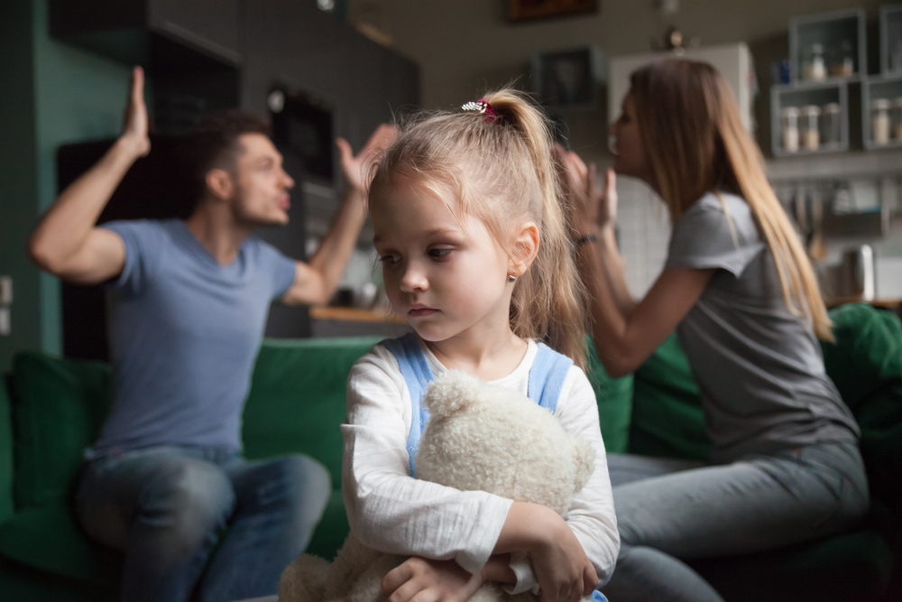 تاثیر طلاق عاطفی بر فرزندان